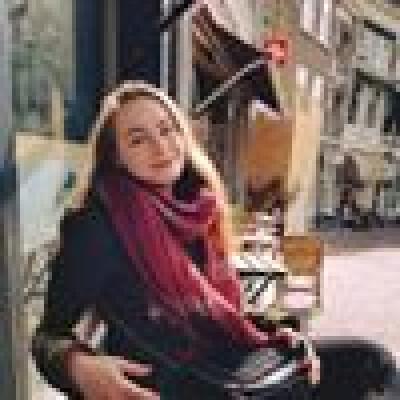 Corina zoekt een Kamer / Huurwoning / Studio / Appartement in Leiden